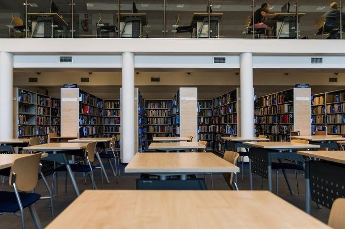 Biblioteka Jaworzno:  Informacja dla czytelników przebywających na terenie...